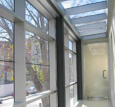 Newmac Installations - Architectural Glass and Aluminium Experts